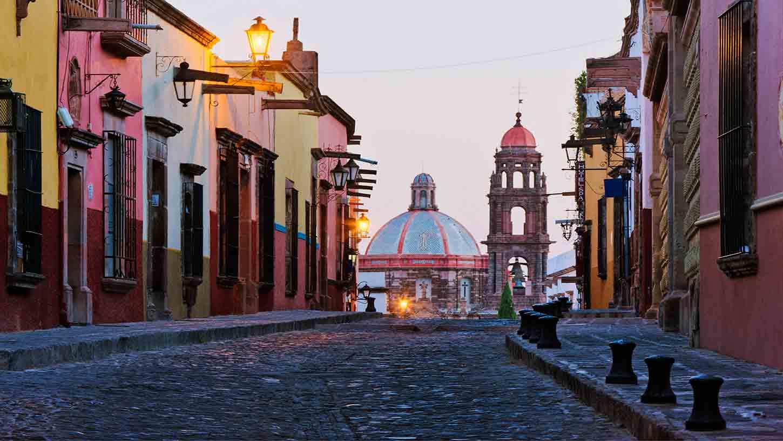 San-Miguel-De-Allende-9796-smallTabletRetina