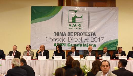 Rinde protesta el Consejo Directivo 2017 de AMPI Guadalajara